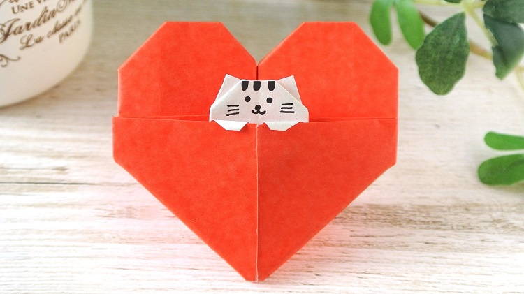 折り紙1枚でハート子猫の作り方 [Origami]Cat in a Heart (Using only 1 paper)